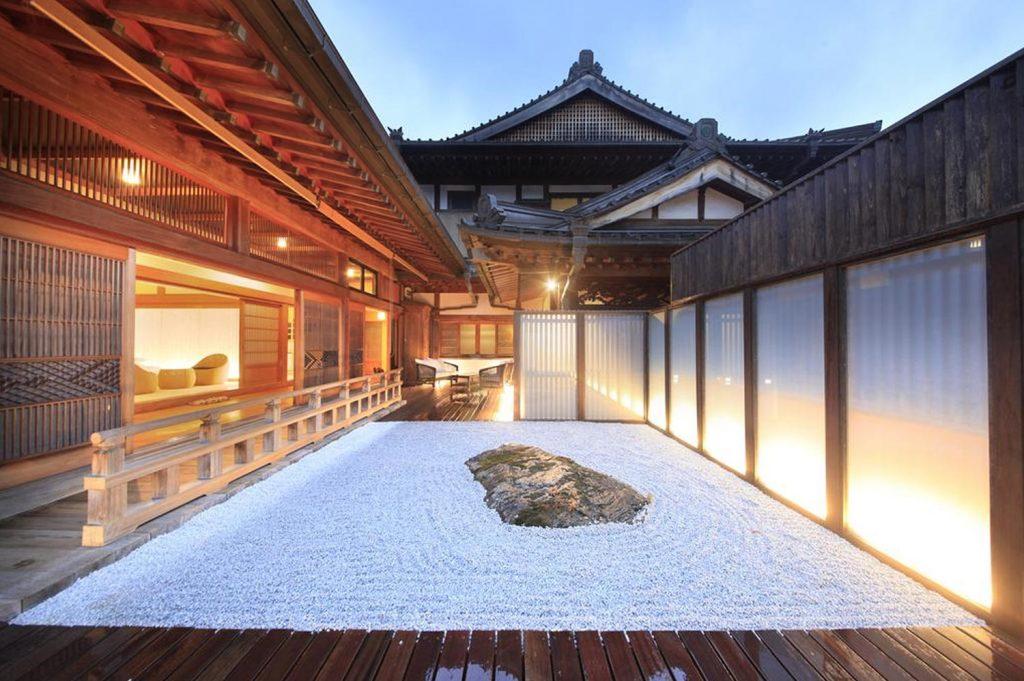 What is a Ryokan Fuji Osenji