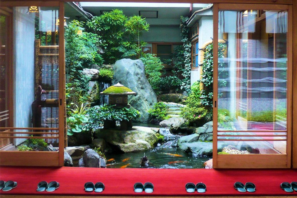 What is a Ryokan Uwabaki