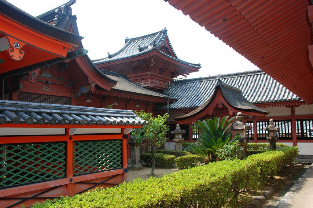 Matsuyama Japan Places to visit Isaniwa Shrine