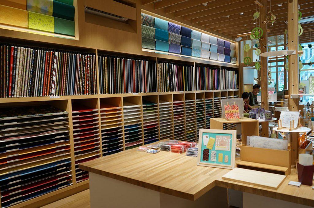 Ginza Shopping Itoya