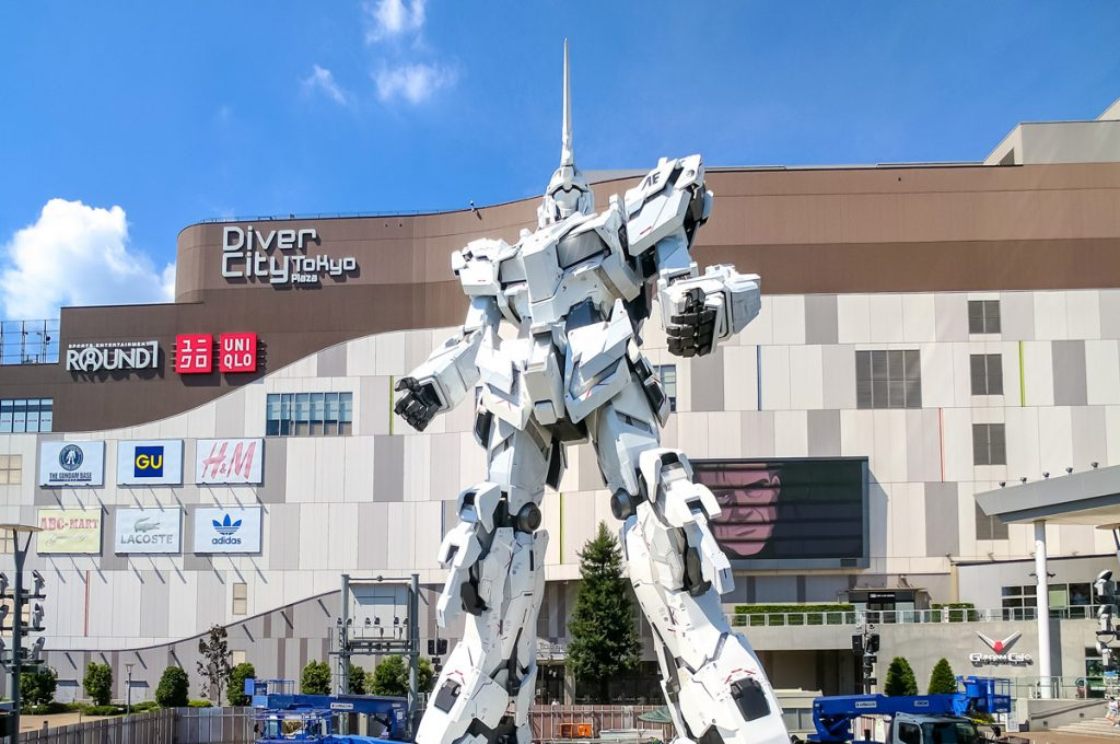 Things to do in Odaiba Japan Gundam Robot