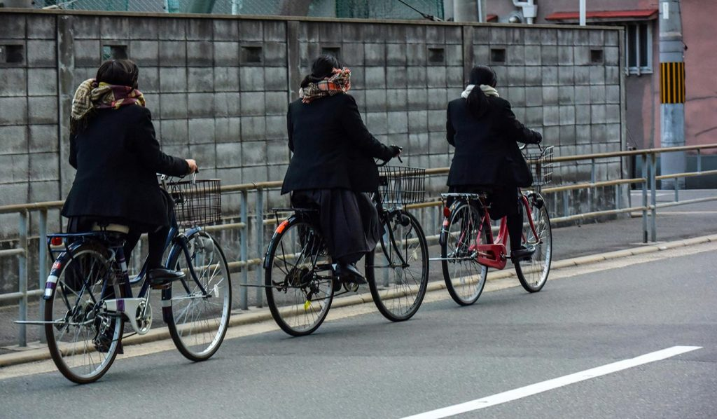 Cycling in Japan Left side