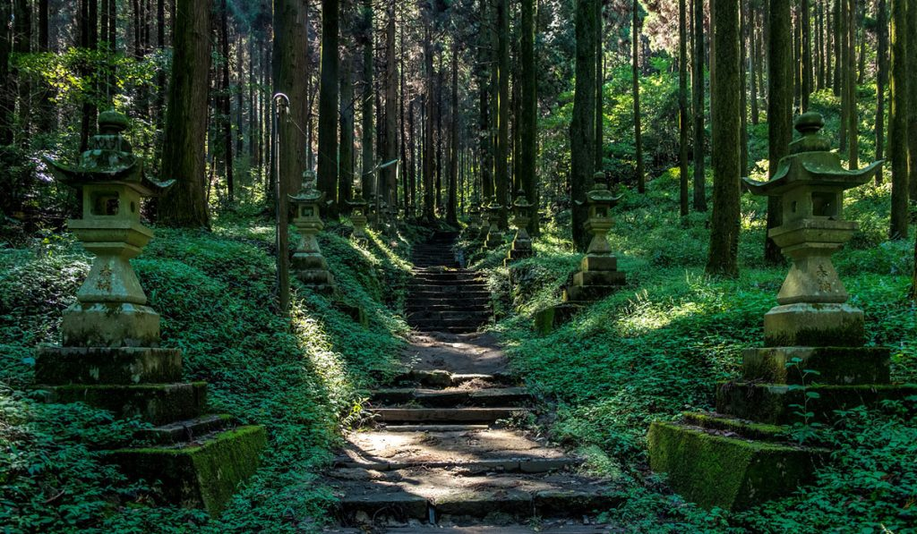 kumamoto travel Kamishikimi Kumanoimasu Shrine