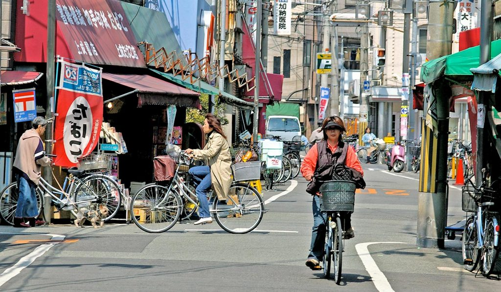 Cycling in Japan Street