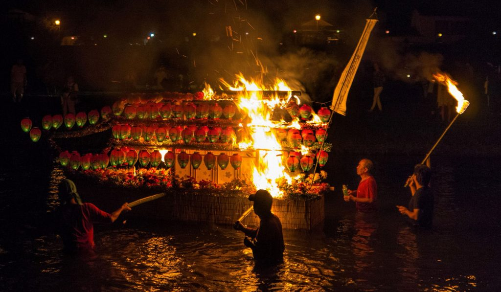 kumamoto travel Spirit Boat Procession