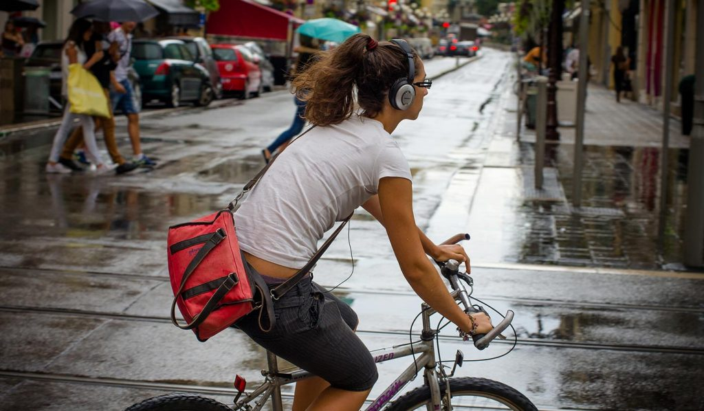 Cycling in Japan earphone