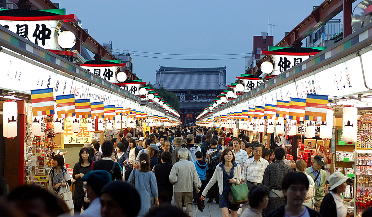 Things to do in Tokyo for free 4 Explore Asakusa