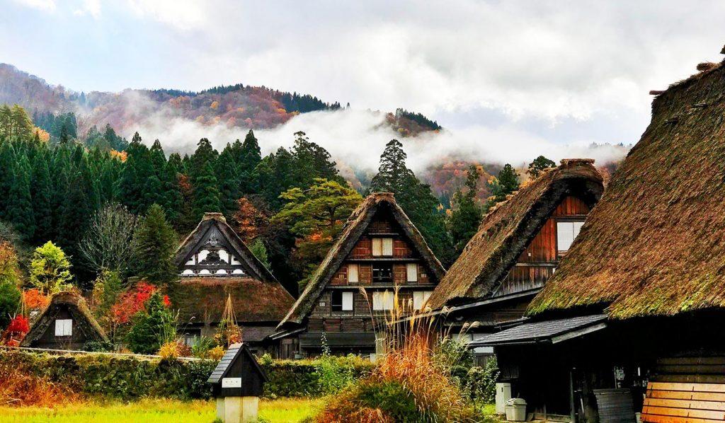 Shirakawa-go Gassho-Style