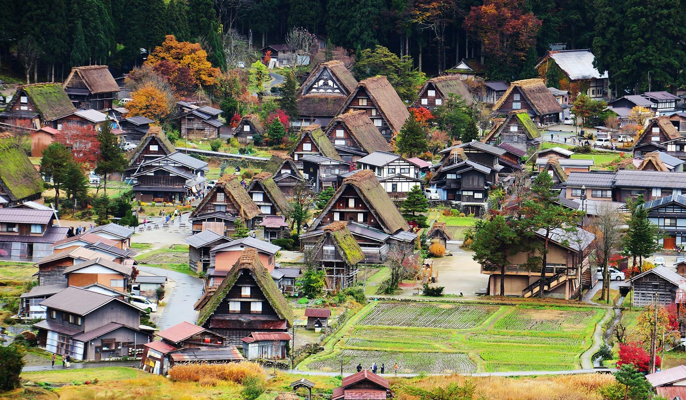 Places to visit in Japan Shirakawa-go