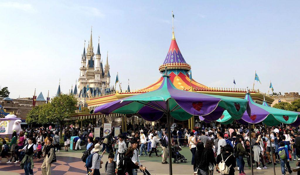 Tokyo Disneyland Tips Crowded