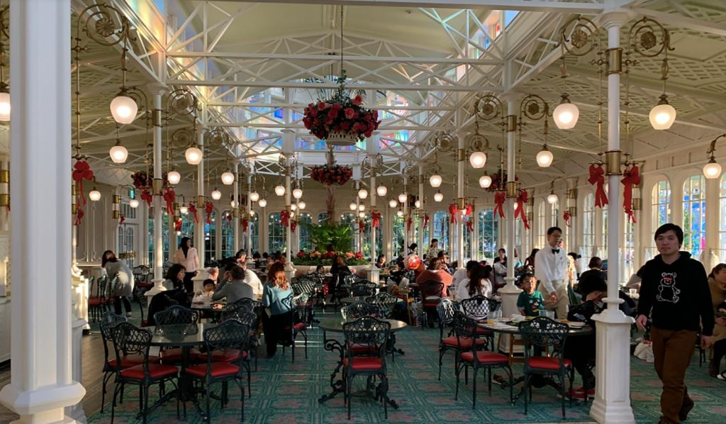 Tokyo Disneyland Tips Crystal Palace Restaurant