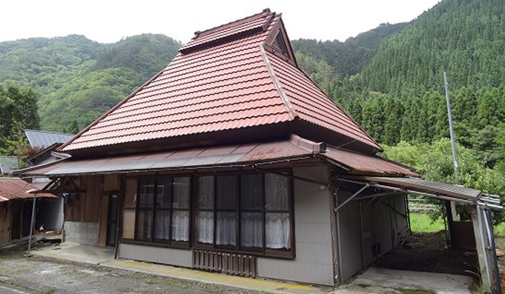 The Rise of Vacant Houses 1 Japan is Giving Away 8 Millions Abandoned Homes for Free