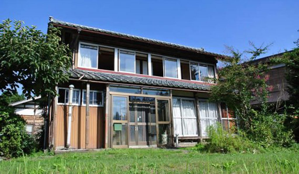 The Rise of Vacant Houses 2 Japan is Giving Away 8 Millions Abandoned Homes for Free