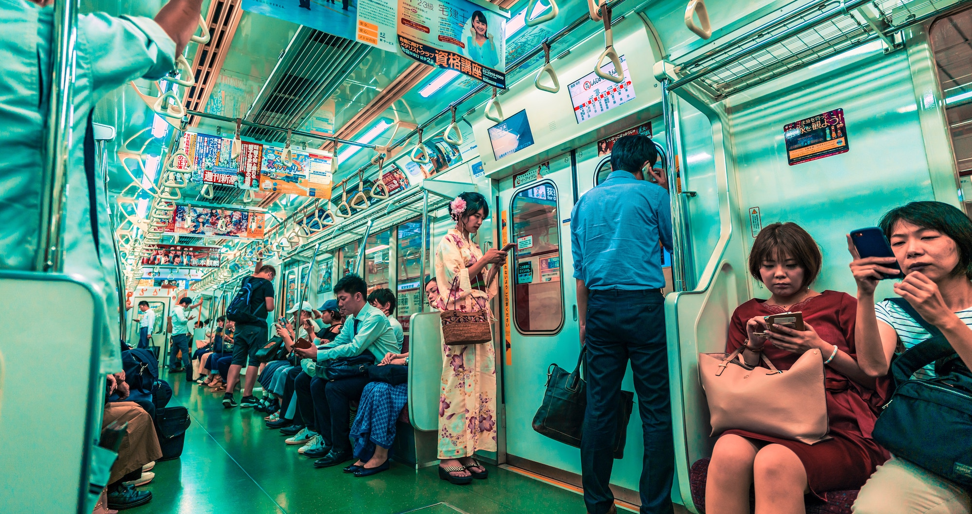 10 Tips for Train Etiquette in Japan