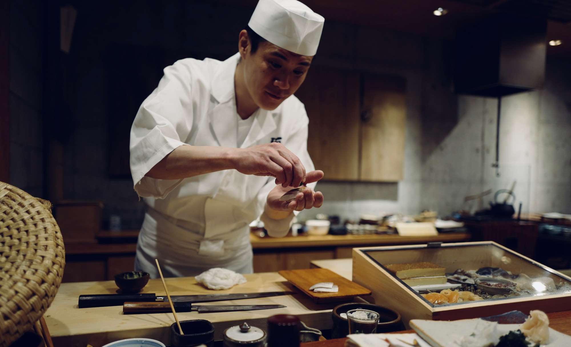 10 Things You Should Never Do When Eating Sushi