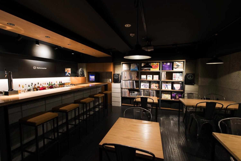 6-Best-Bars-in-Tokyo-Spincoaster