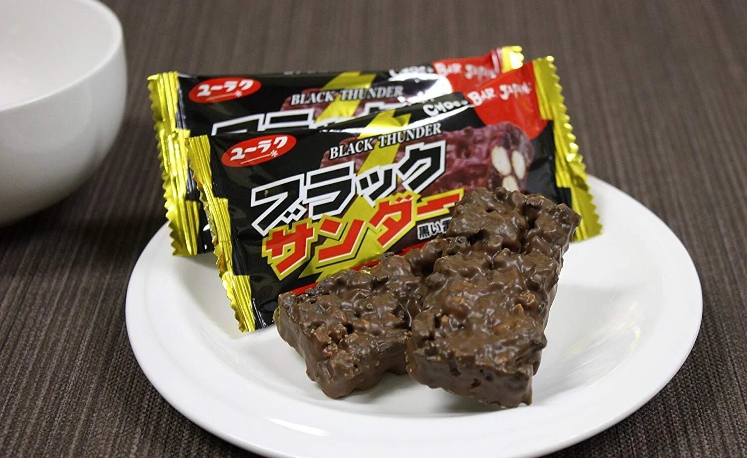 black thunder japanese snacks2