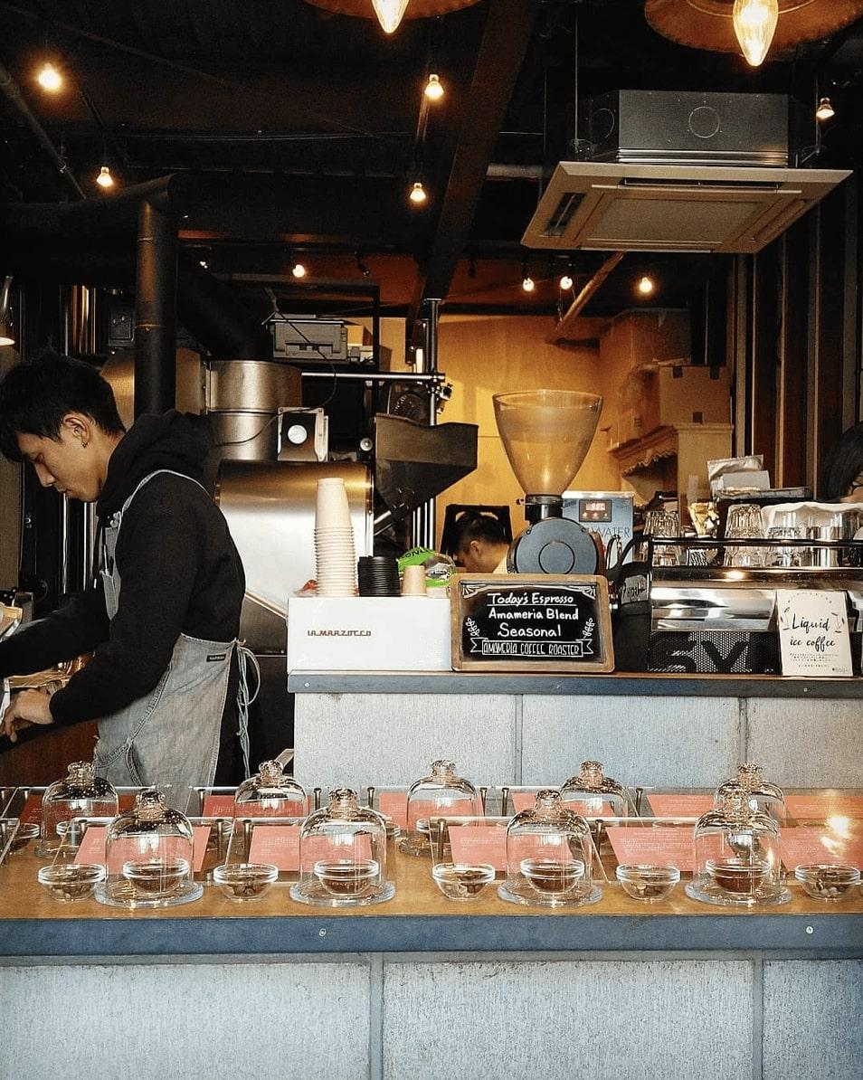 best coffee shop tokyo - Amameria Espresso