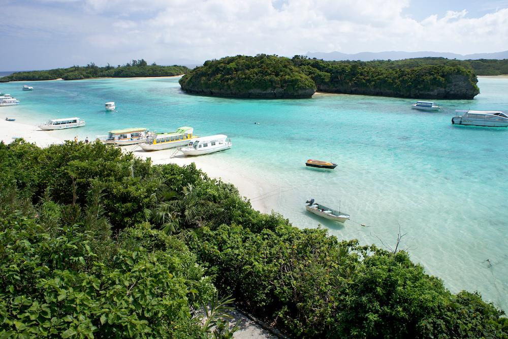 Kabira_Bay_Ishigaki_Island