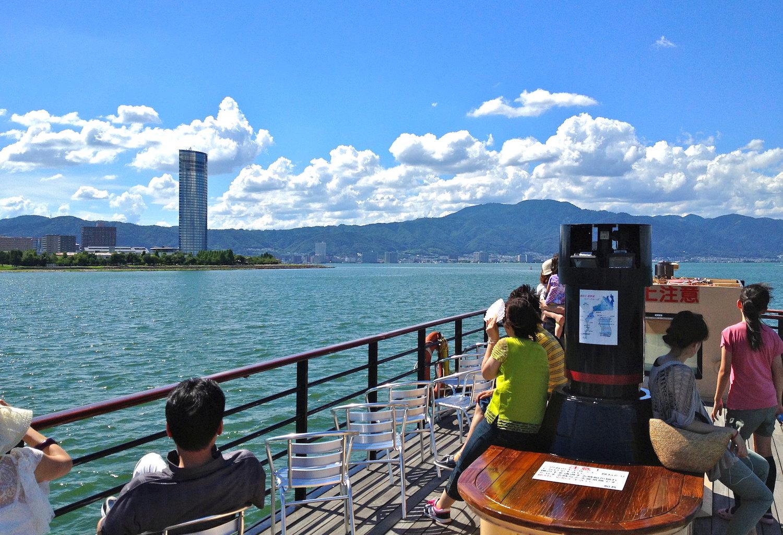 lake biwa shiga