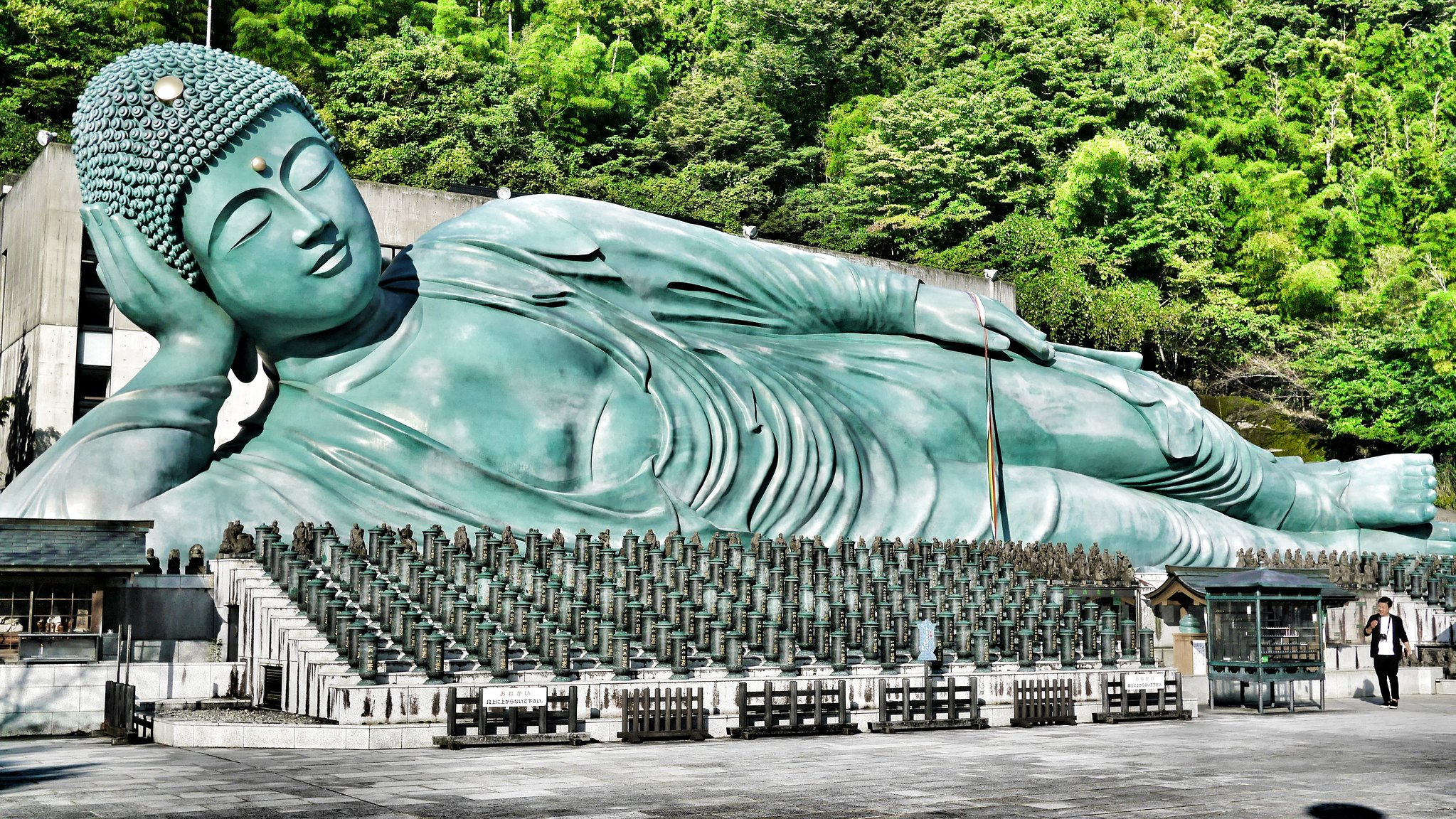 10 Places You Must Visit in Fukuoka Prefecture