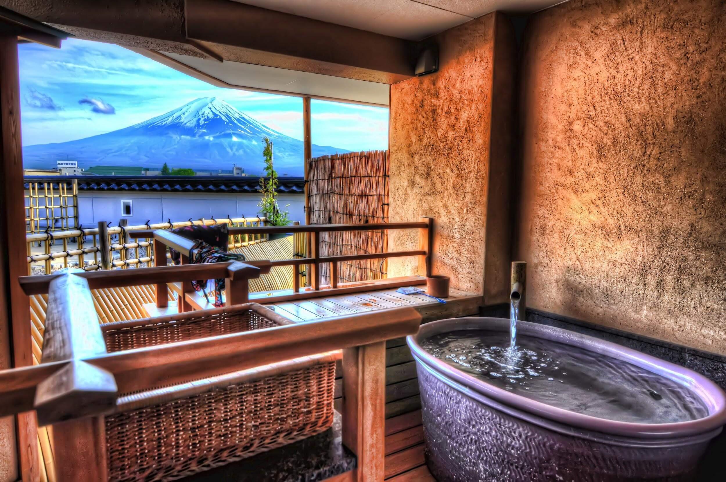 10 Best Onsen Towns in Japan